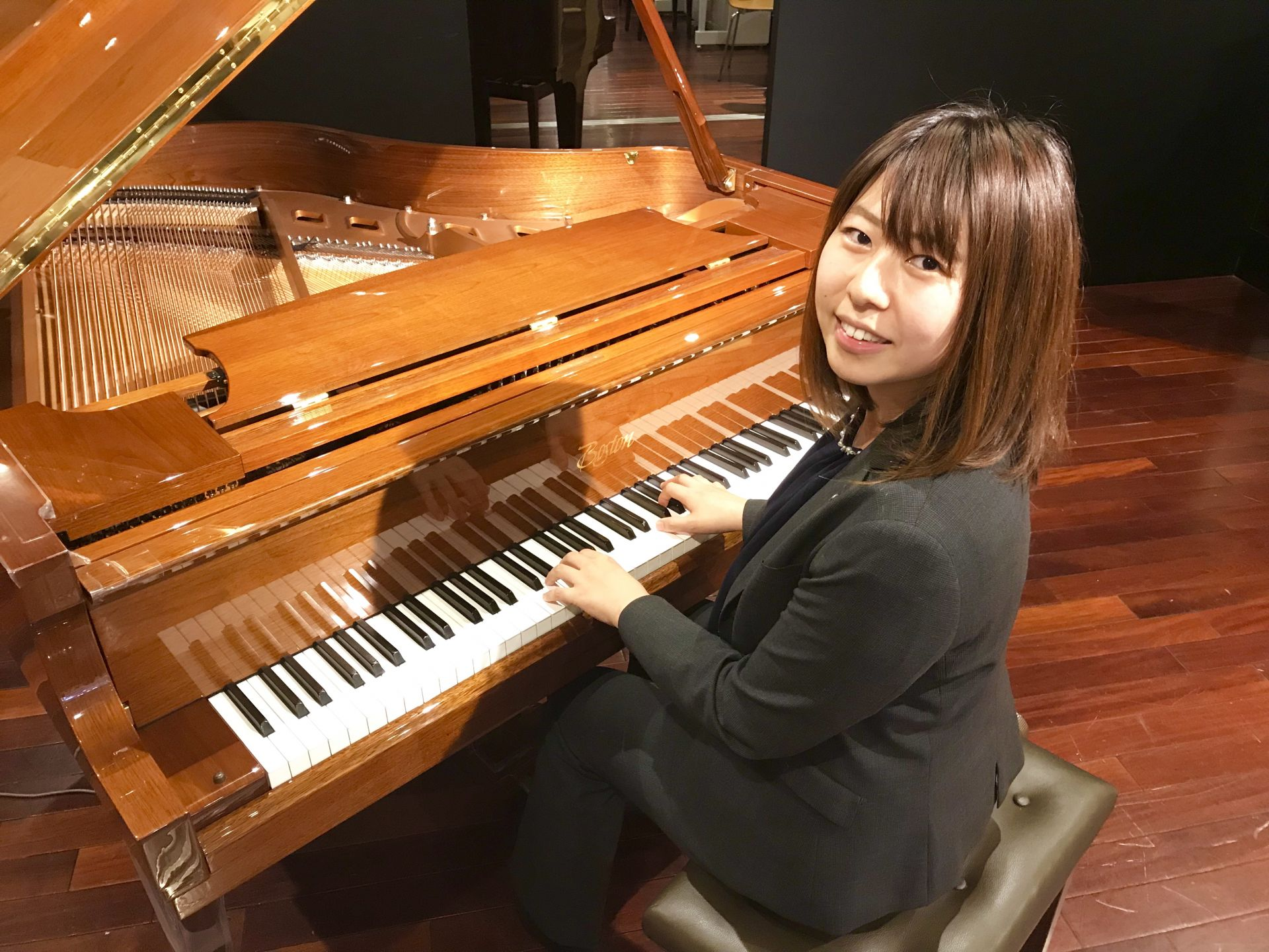 ピアノ・防音室担当・森田 島村楽器川崎ルフロン店
