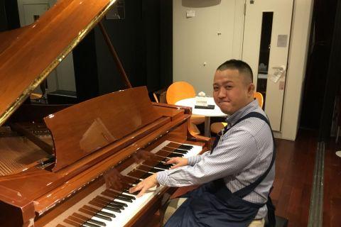 スタッフ写真ピアノ/管弦楽器・音楽教室アドバイザー小倉