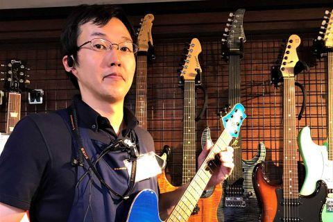 スタッフ写真ギター・ベース担当関谷