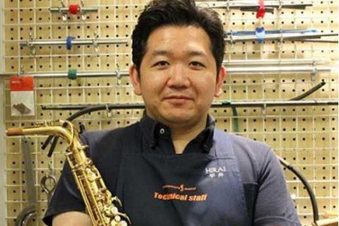 スタッフ写真管楽器リペア担当平井