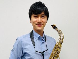 スタッフ写真サックスインストラクター/音楽教室アドバイザー、管楽器シニアアドバイザー矢島