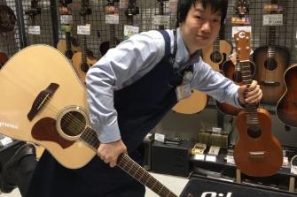 スタッフ写真アコースティックギター・エレキギター・ウクレレ・DTM・デジタル製品アクセサリー吉田 真仁