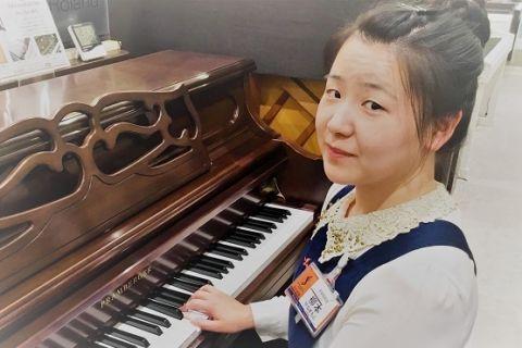スタッフ写真ピアノ・キーボード柳本