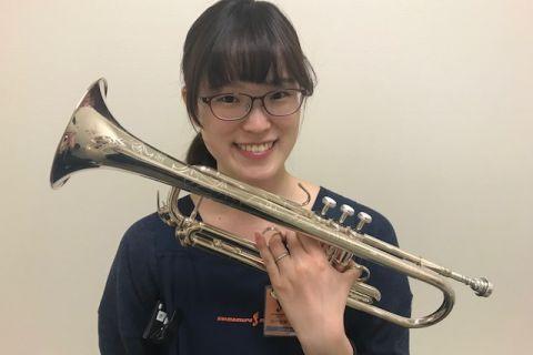 スタッフ写真管楽器・バイオリン村田