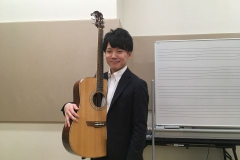 スタッフ写真店長上崎 大志