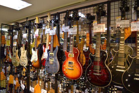 レフティエレキギター店頭画像