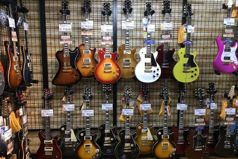 Gibson&Epiphoneエレキギター店頭画像