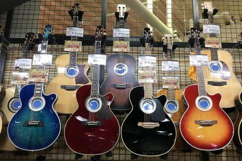 Takamineエレアコギター店頭画像