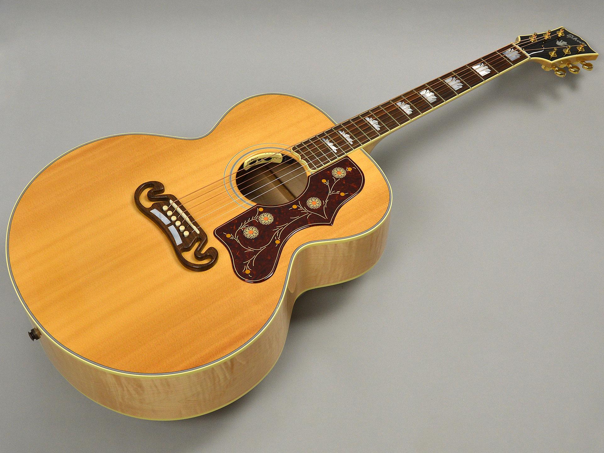 Gibson SJ-200 STANDARDトップ画像