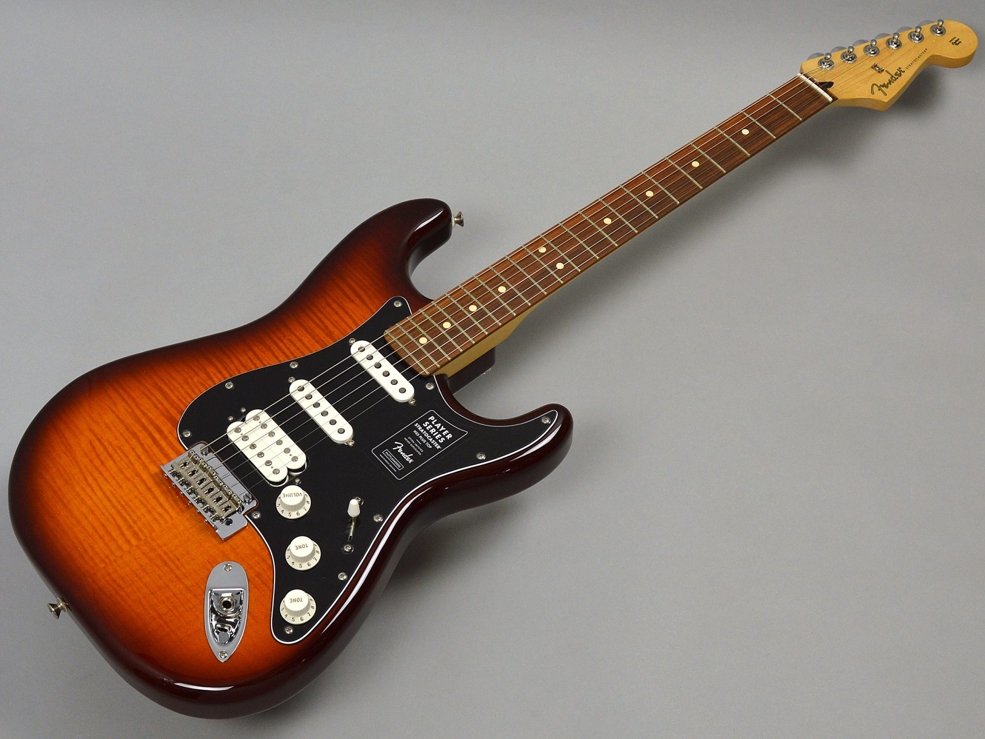 Fender PLAYER STRATOCASTER HSS PLUS TOPトップ画像