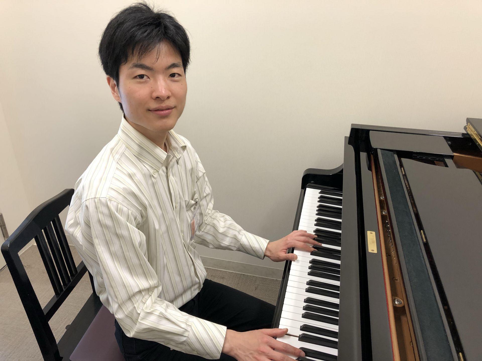 ピアノ小野