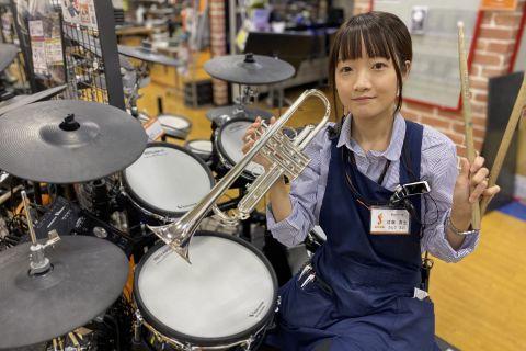 スタッフ写真ドラム、管楽器佐藤