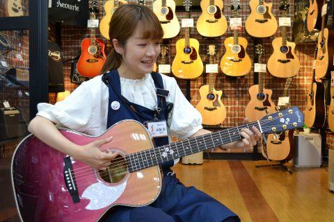 スタッフ写真アコースティックギター、ドラムアドバイザー佐藤