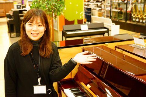 スタッフ写真音楽教室ピアノサロンインストラクター川述