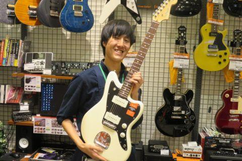 スタッフ写真エレキギター・エフェクター坂元
