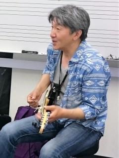 樋江井先生