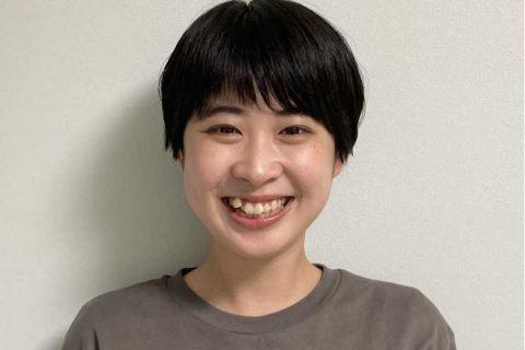 スタッフ写真ピアノインストラクター杉村優衣