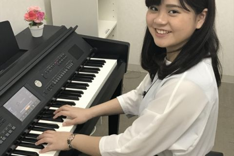 スタッフ写真ピアノサロンインストラクター丹羽 瑞季