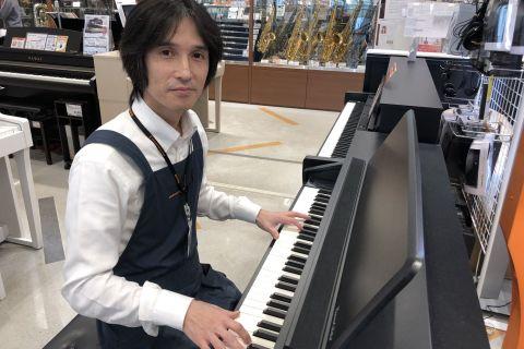 スタッフ写真ピアノ全般杉