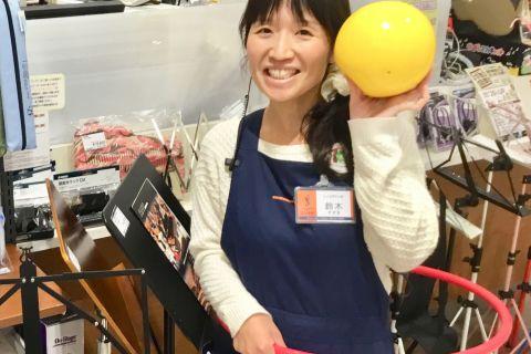 スタッフ写真教育楽器・シンセサイザー鈴木