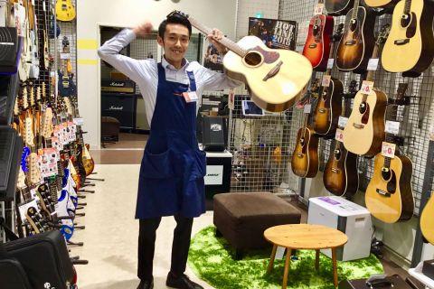 スタッフ写真音楽教室・アコースティックギター・DTM・PA・楽譜江原
