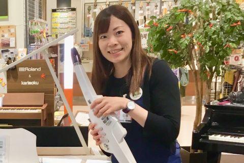 スタッフ写真副店長・鍵盤楽器佐藤