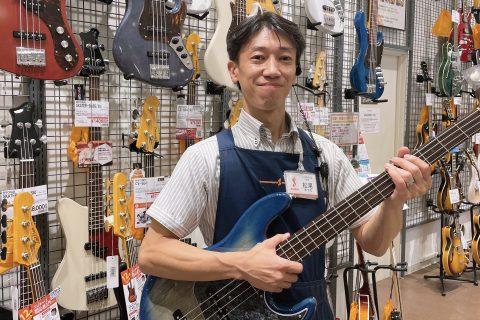 スタッフ写真店長/ギターアドバイザー松尾