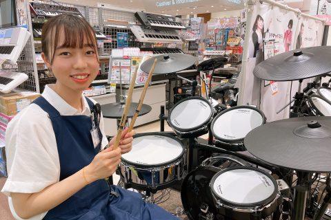 スタッフ写真ドラムアドバイザー・ドラム担当小谷松