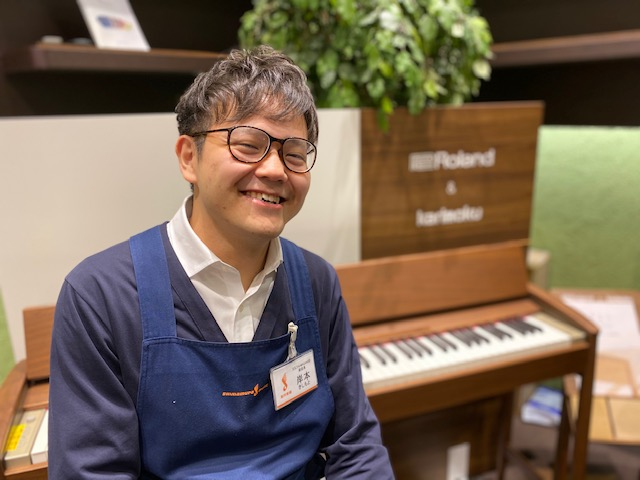 電子ピアノ担当 岸本