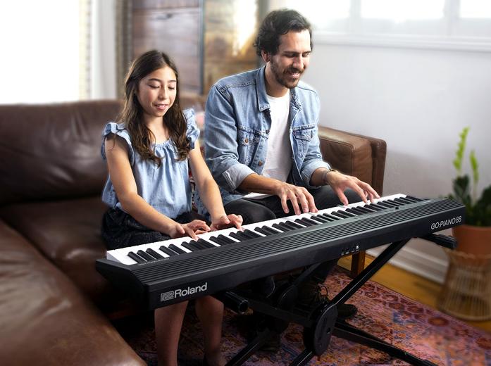 「ツインピアノ機能」で同じ音域をお二人でも楽しめます。