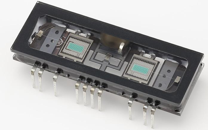 コルグが、ノリタケ伊勢電子(株)と共同開発した新しいタイプの真空管「Nutube」