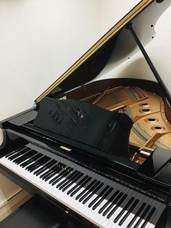 S1グランドピアノ