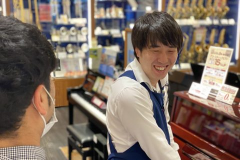 スタッフ写真副店長・ピアノ堀越
