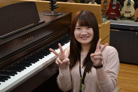 スタッフ写真ピアノサロンインストラクター丸山 志乃
