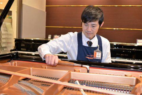 スタッフ写真ピアノ調律飯田
