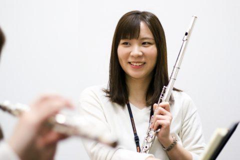 スタッフ写真フルートインストラクター寺澤