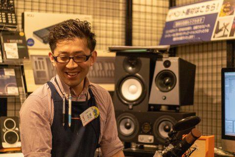 スタッフ写真シンセサイザー、DTM、DJ立浦