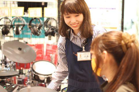 スタッフ写真ドラムアドバイザー、管楽器八木