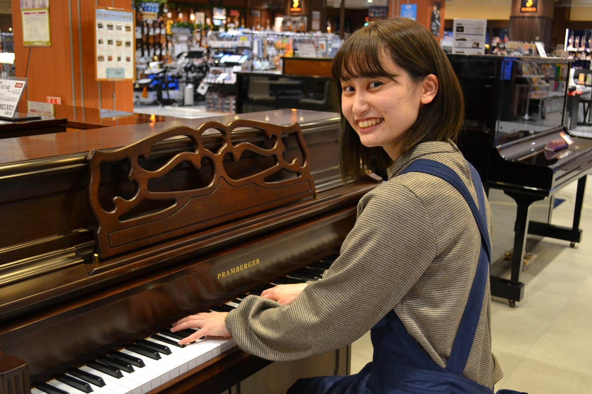 ピアノ担当 中村