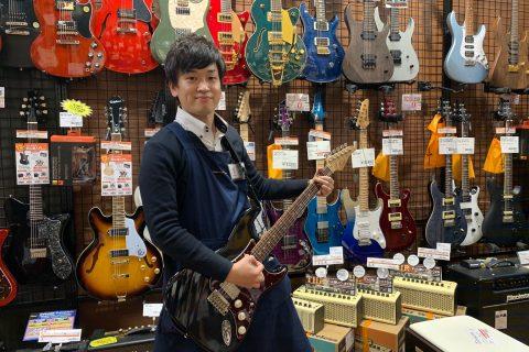 スタッフ写真エレキギター・アコースティックギター小林