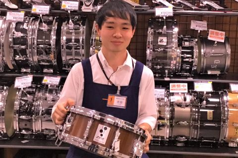 スタッフ写真ベース、ドラム池田