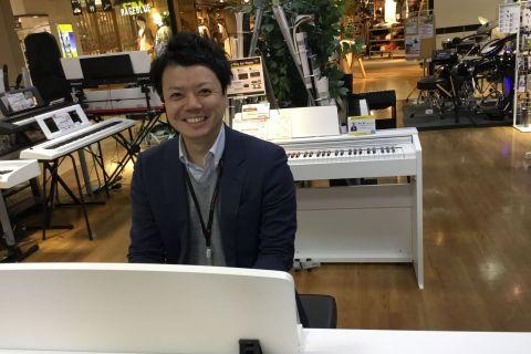 スタッフ写真ピアノインストラクター町田 慶太