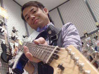 スタッフ写真エレキギター、ベース、ドラム柳川司