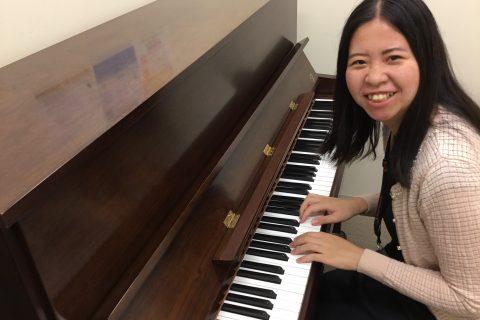 スタッフ写真ピアノ・保育士ピアノインストラクター山田