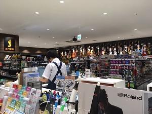 岡山 島村楽器 店内