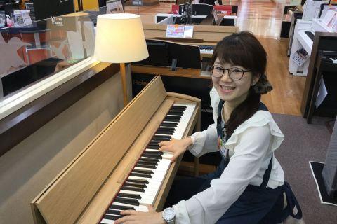 スタッフ写真電子ピアノ・キーボード・楽譜三浦
