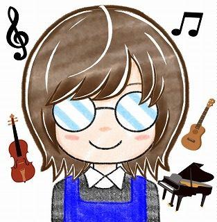 スタッフ写真ピアノアドバイザー・弦楽器アドバイザー・ウクレレ・楽譜岩田