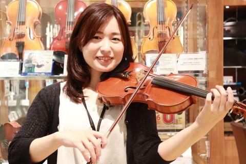 スタッフ写真バイオリン・ビオラインストラクター若原