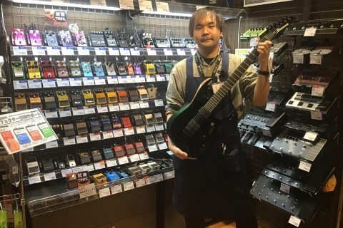 スタッフ写真ギターアドバイザー・エレキベース・アンプ・エフェクター森家