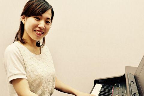 スタッフ写真ピアノインストラクター※現在産休中※前田